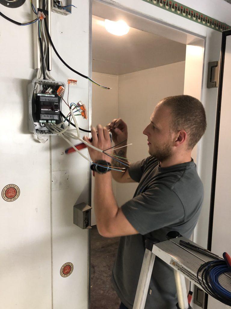 Der Kühlraum bei Glädus wird in Betrieb genommen.